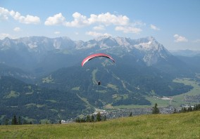 Paraglider along Wetterstein mountains, Germany, 2006